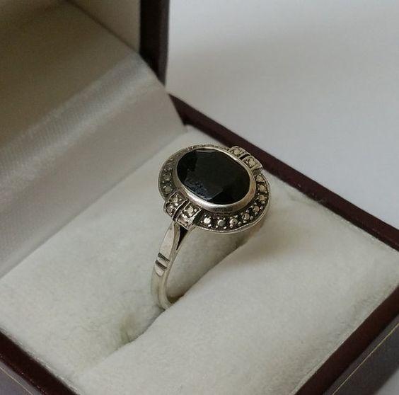 Nostalgischer Ring 925er Silberring mit Onyx SR533 von Schmuckbaron