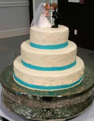 3 tier white and turquoise wedding cake blessings bakery pinterest turquoise weddings. Black Bedroom Furniture Sets. Home Design Ideas
