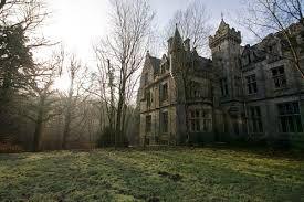 Resultado de imagem para castle noisy belgium