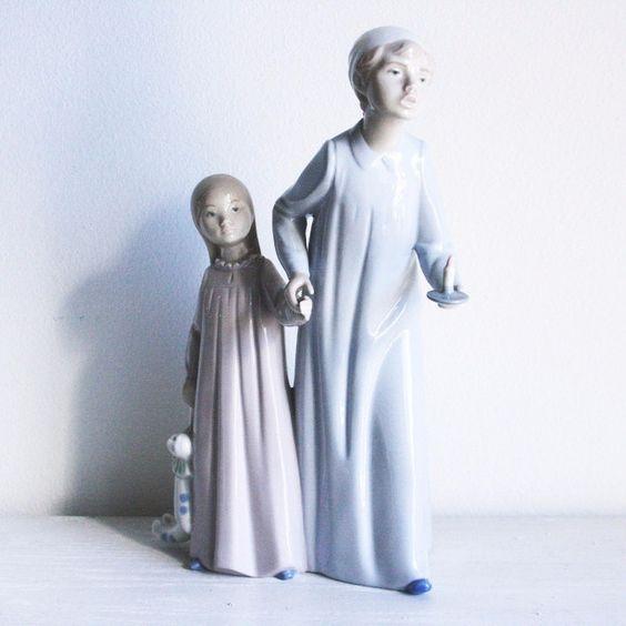 Retired Boy & Girl Lladró in Night-shirt
