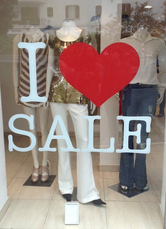 A Etc.Storecontinua liquidando sua coleção de inverno, aproveitem! Venham conhecer a loja nos Jardins, as meninas vão adorar a visita...