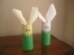 so cute!  napkin holders that kids can make
