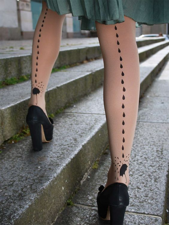 "Raindrop and umbrella tights to commemorate ""The Umbrellas of Cherbourg"""
