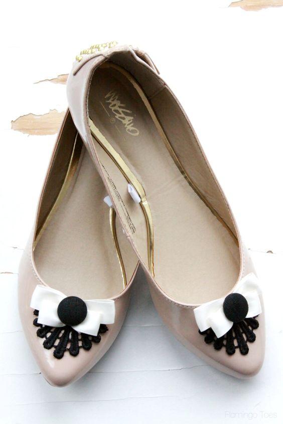 Schnelles DIY - Schuhe mit Spitze & einer Schleife verschönern
