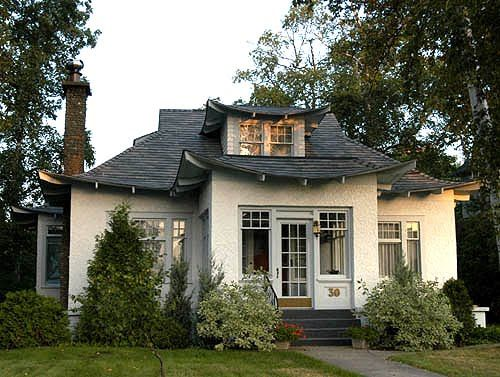 Bungalows on pinterest for Japanese bungalow house design