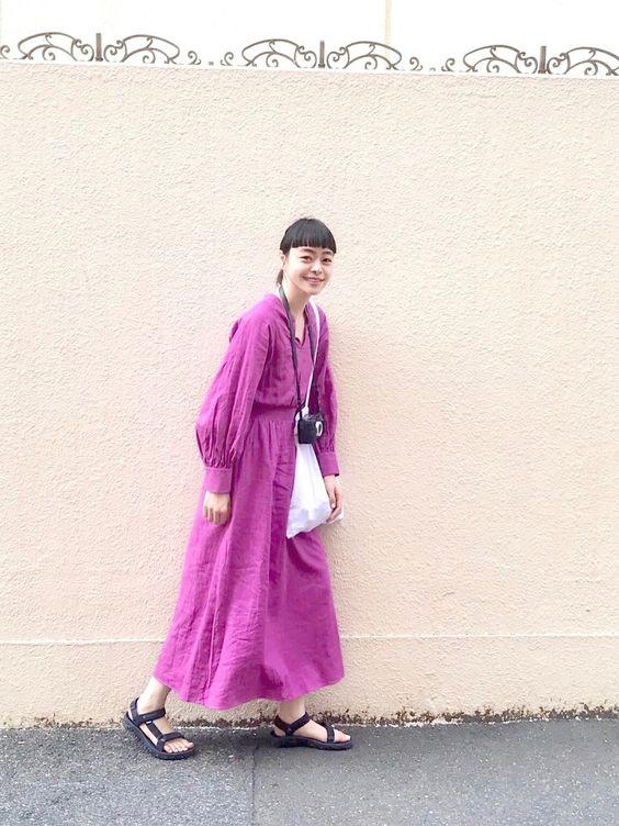 Ungridの「スリーブボリュームワンピース」を着たkanoco
