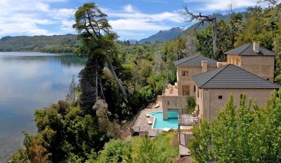 LUMA Casa de Montaña: Ninety minutes from Bariloche, family-run Luma Casa de Montaña is in a remote lakeside setting.