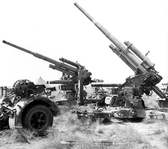 German 50 Mm Anti Tank Gun: German 88mm Flak And Anti Tank Gun.