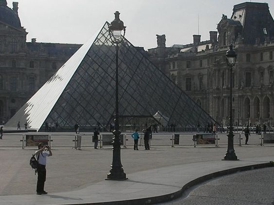 Paris - the Louve....def want to go here!
