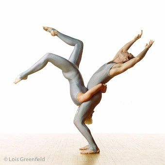 Via Lois Greenfield Photography : Dance Photography : Pilobolus Dance Theatre