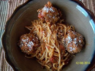Spaghetti and Mozzarella Stuffed Meatballs