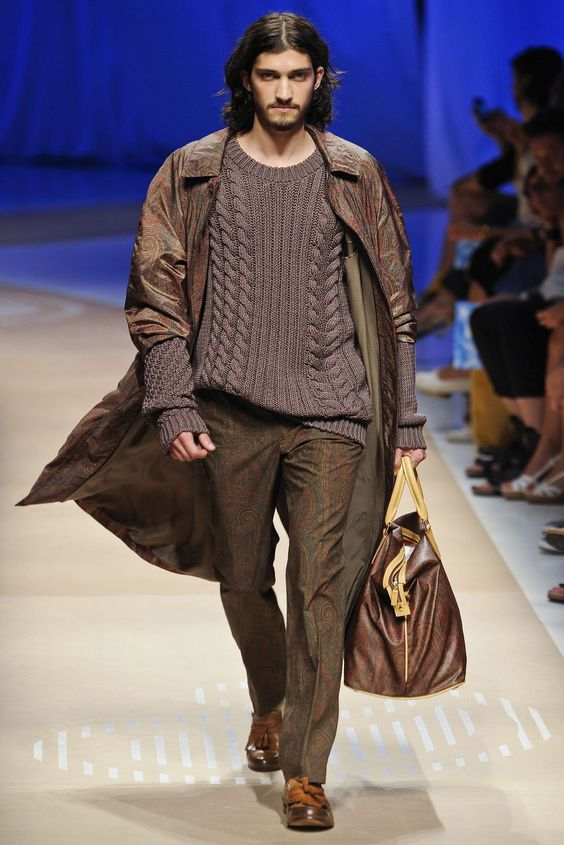 ANDRES RISSO Etro SS12 Milán