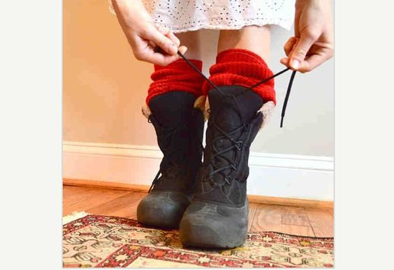 How adorable are these bright red leg warmers?! So looking forward to fall and winter