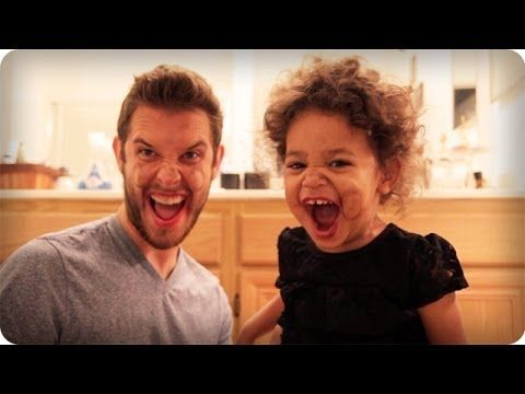TODDLER DOES MY MAKEUP | DADventures: The Nive Nulls