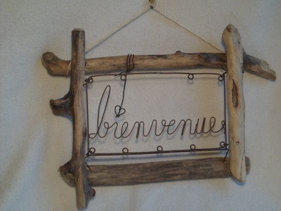Cadre bienvenue en bois flott et fer oxyd decoration for Cadre en bois flotte