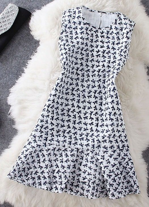 Bow Print Sleeveless Dress