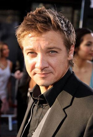 'Inglourious Basterds' Premiere Photo: Jeremy Renner