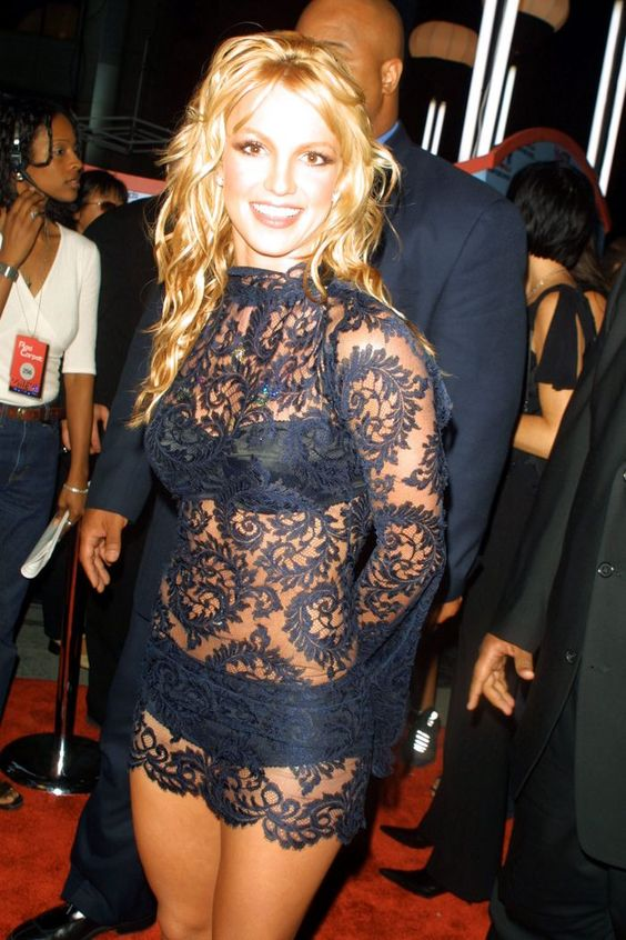 Britney Spears @ the  MTV Video Music Awards in 2001