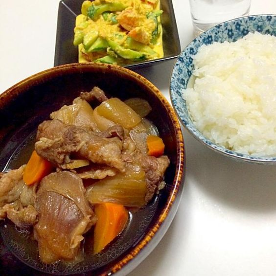 美味い‼︎( ´ ▽ ` )ノ - 6件のもぐもぐ - 牛スジ煮込みとキュウリとトマトのカレーマヨサラダ by ramusa1223