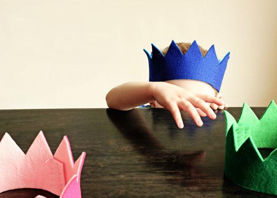 DIY Felt Crown | Hellobee