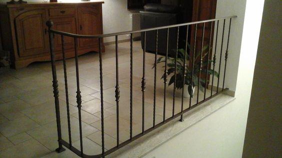 Inspirez-vous de la rampe ou du garde-corps en fer forgé d'un client.