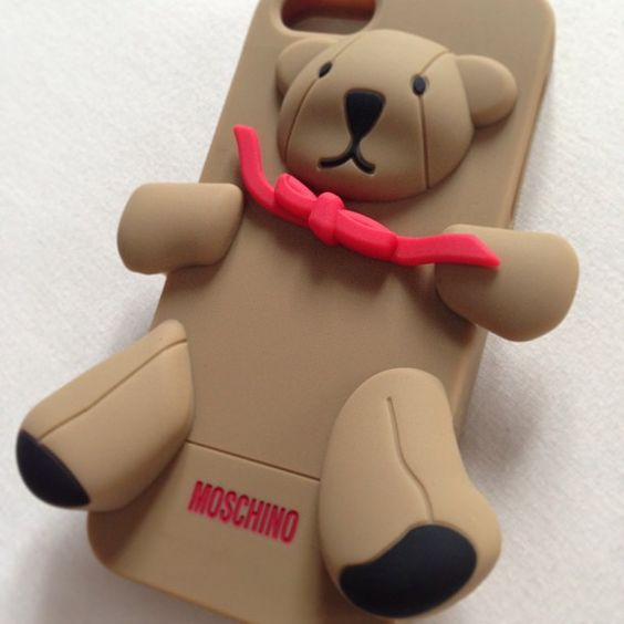 Photo by anasdiandra #moschino #luisa #gennarino #iphone #cover #case