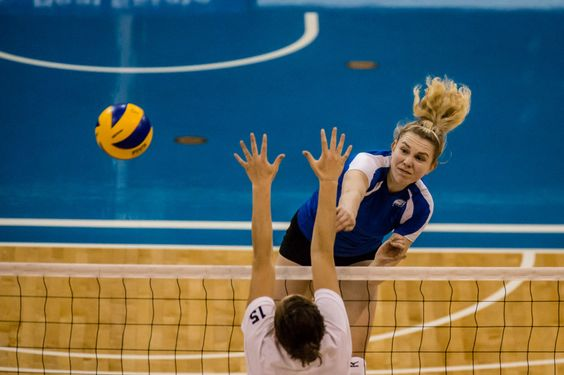 Volleyball The Game Of Sun Sand And Fun Volleyball Pictures Sports Sport Motivation