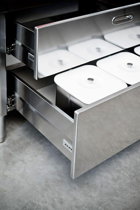 Linear stainless steel kitchen CUCINA 190 u201cBLOW UPu201d by ALPES-INOX - edelstahl küchenmöbel gebraucht