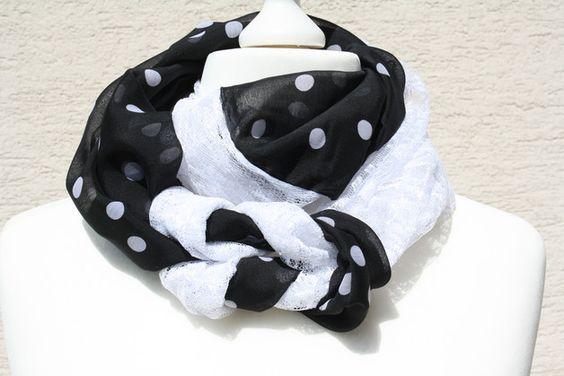 Hier das nächste Exemplar der Kollektion Loopmania: dieses Mal ein besonders edles und elegantes Exemplar aus hochwertigem Chiffon in schwarz mit weißen Tupfen und Spitzenstoff in weiß. Beide...