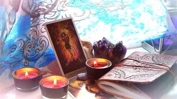 A great #tarot #meditation on patience and gratitude!  Paired with some #crystals and #candles. #Pagan #Spirituality #Wicca #Witchcraft #Shrine