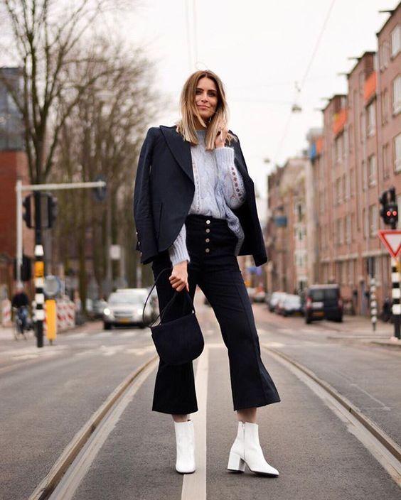 lakschoenen trend onder een driekwart broek