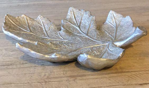 Lovely silver leaf fruit bowl