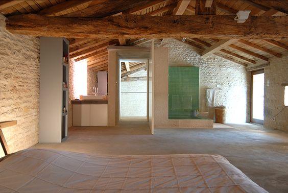 Sainte-Soline (Deux-Sèvres)  Architecture : Hervé BEAUDOUIN et Benoî ENGEL
