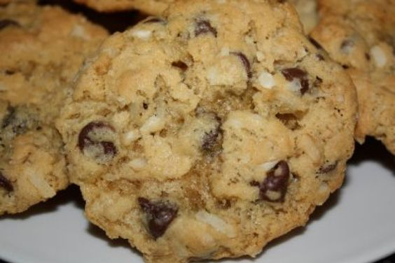 Chocolate chip cookies with oat flour and walnut butter.