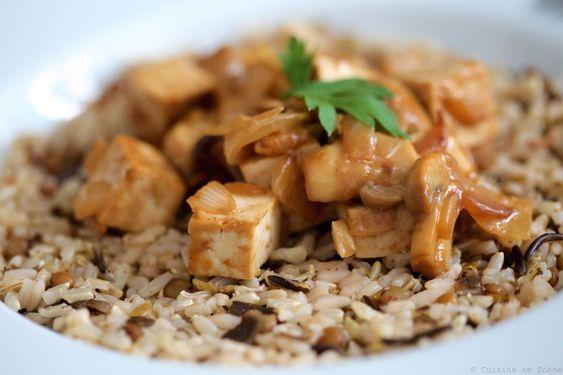 Poêlée de tofu aux champignons, sauce cacahuète | Cuisine en Scène, le blog cuisine de Lucie Barthélémy - CotéMaison.fr