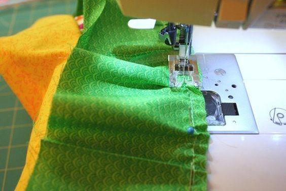 Sensacional Como costurar uma saia de babados em camadas , Como costurar uma saia de babados em camadas Um modelo fácil que pode ser feito para mulheres e crianças, este tipo de saia em camadas é confeccio... , Rogério Wilbert , http://blog.costurebem.net/2012/03/como-costurar-uma-saia-de-babados-em-camadas/ ,  #costura #máquinadecostura #roupas #saia