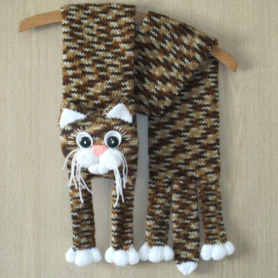 Knitted Cat Scarf Pattern : Knitted cat scarf,Knitted kids scarf,Animal scarf,Cat scarf,Knit scarf Pint...