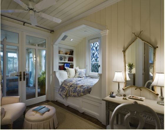 I love this charming little nook. - 1930's Swedish Classicism meets American seaside resort house