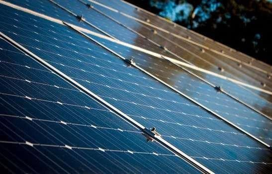 Renewable Solar Energy Solar Energy 5th Grade Science Project Choosing To Go Green By Converting To Solar En In 2020 Solar Panels Solar Energy Diy Best Solar Panels