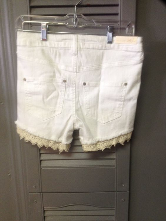 Women's Altar'd State Shorts 3 NWT
