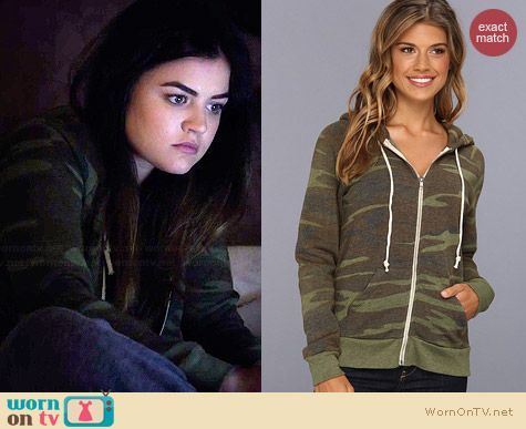 Aria's camo hoodie on Pretty Little Liars.  Outfit Details: http://wornontv.net/34396/ #PLL