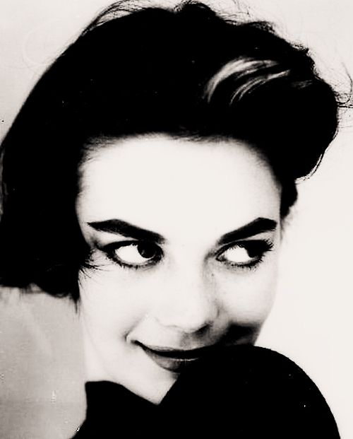 not even analysis, by itself, can transform you. you must still do the changing yourself --natalie wood