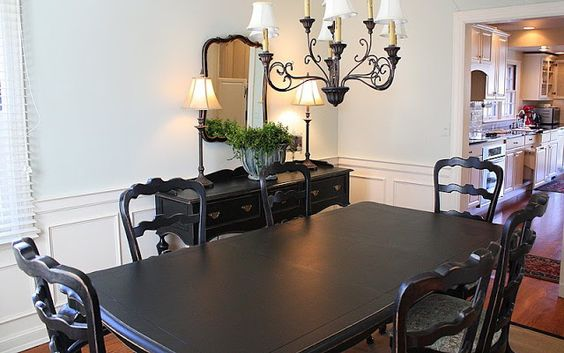 Dining room furniture redo. ☆☆☆★Comedor como el de mamá. Así se vería en negro.