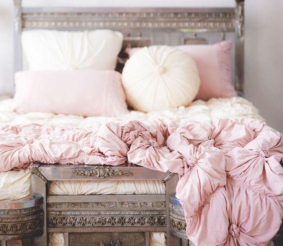 LAZYBONES- TUSCAN PINK ROSETTE comforter // Junk GYpSy co.