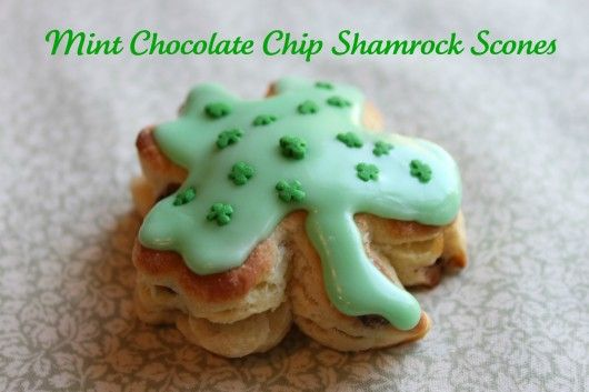 Perfect for your St Patty's day party!  Mint Chocolate Chip Shamrock Scone Recipe @createdbydiane #food #baking #recipe