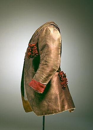 Brunrød silkekjol til en dreng, 1786-1787