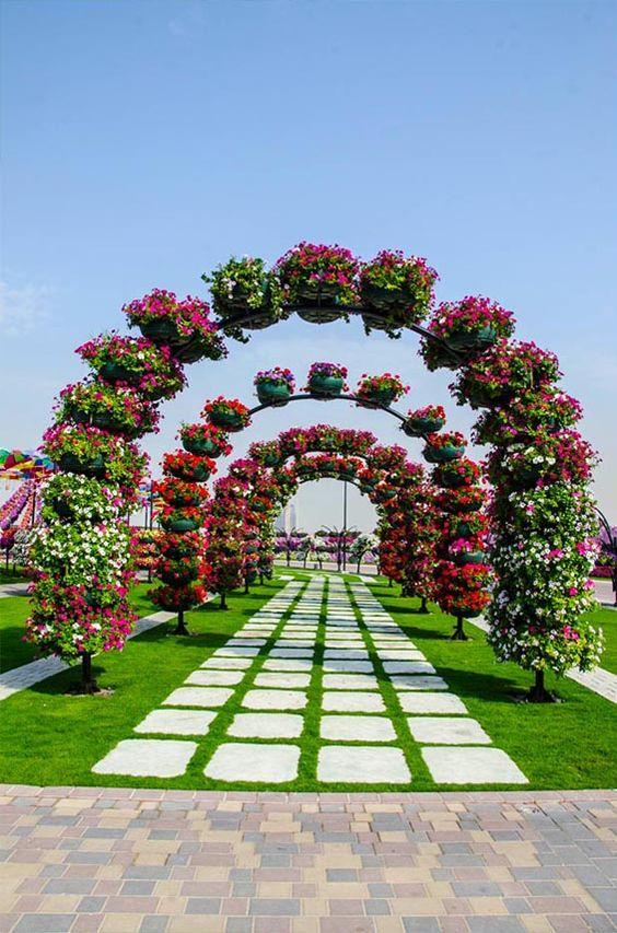 Dubai Miracle Garden, Egyesült Arab Emírségek