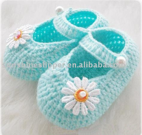 Daisy Baby Booties Knitting Pattern : Baby booties, Inspiration and The daisy on Pinterest