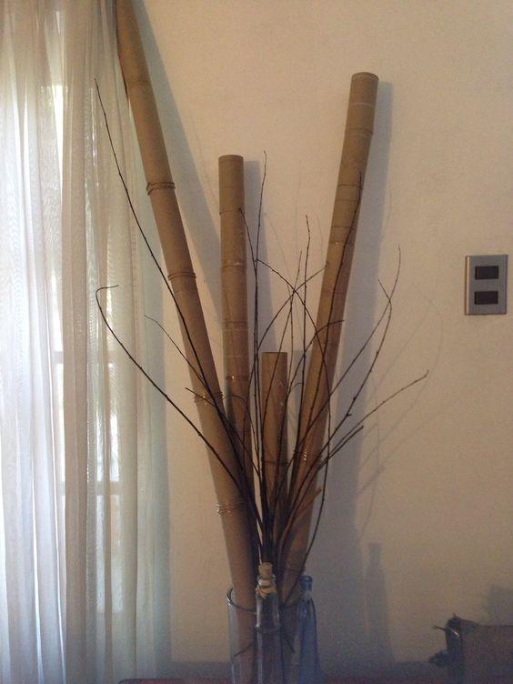 Bamboo con conos de papel higiénico