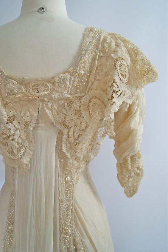 Exquisite Retro Lift Lobby: Exquisite 1900s Belle Epoque Wedding Gown By Xtabayvintage